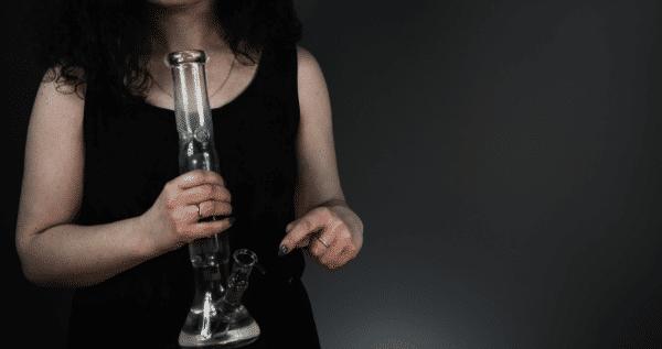 Girl-Smoking-Bong