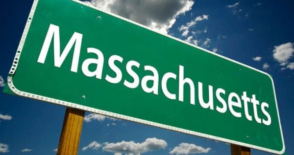How To Get A Trimmer Or Budtender Job In Massachusetts
