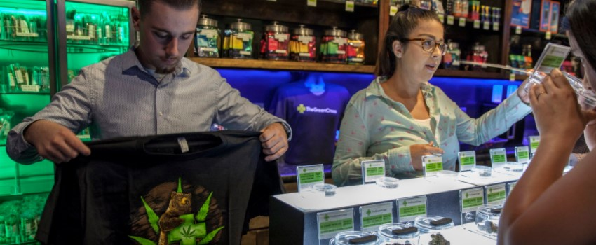 Links to consulting companies that can help open a marijuana dispensary in California